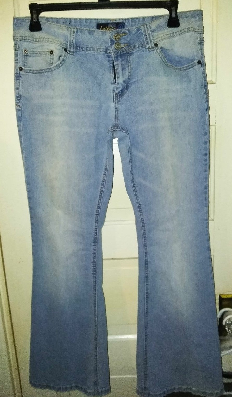 Ladies Jeans Size 17