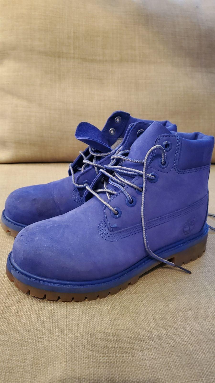Timberland Boy Premium Blue Boot. Size 1