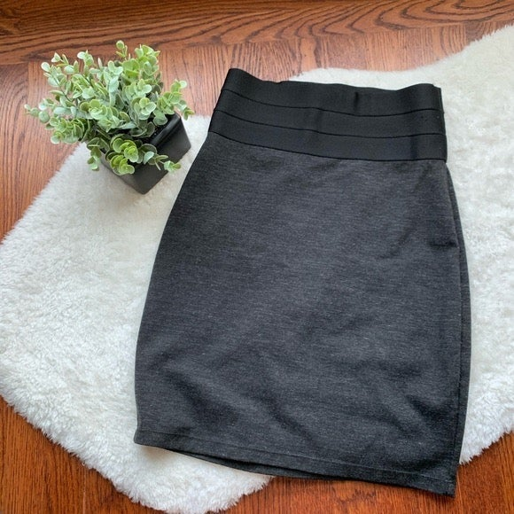 MAX STUDIO Grey Knit Fitted Pencil Skirt