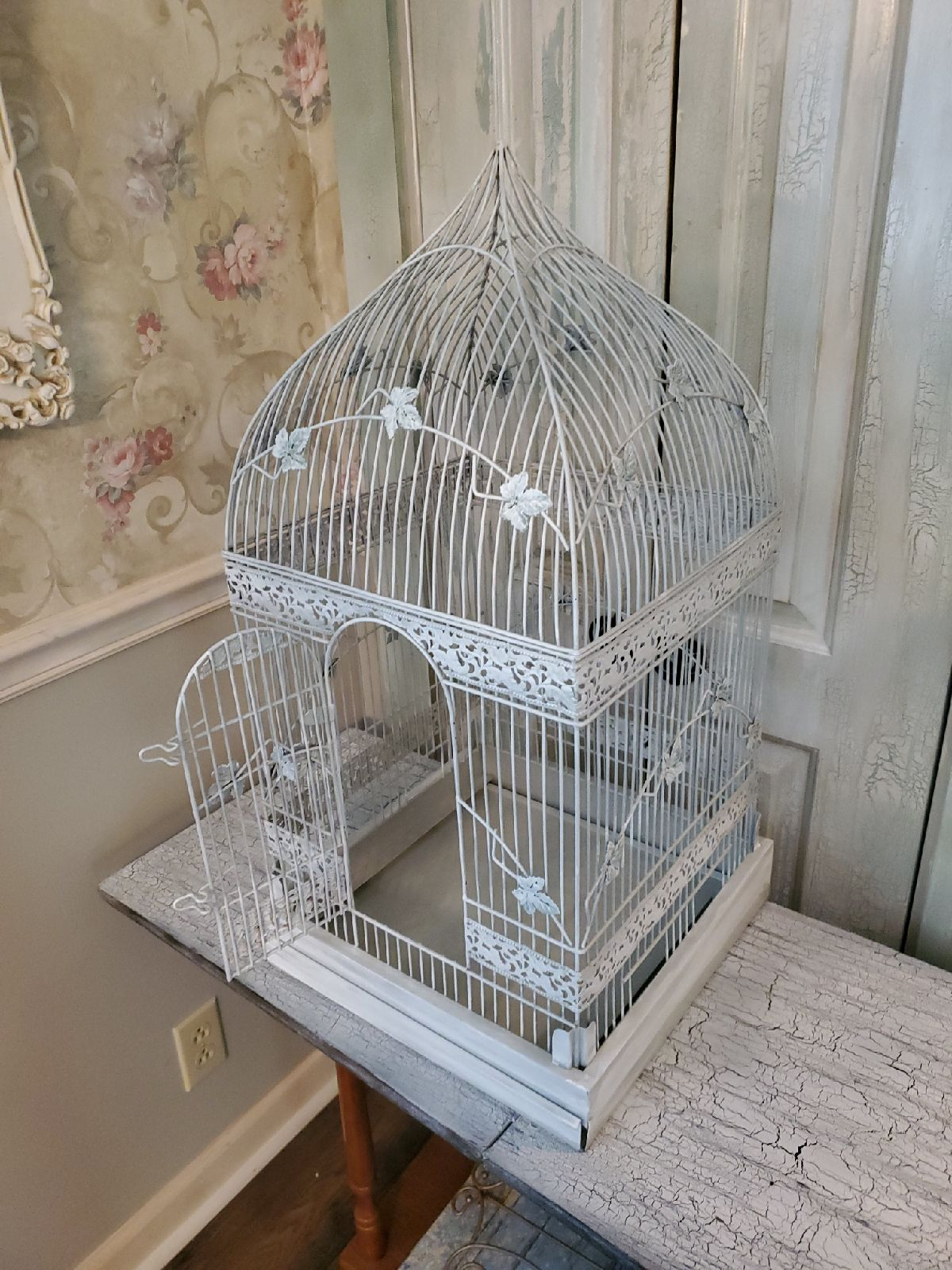 Victorian Bird Cage With Catheral Top