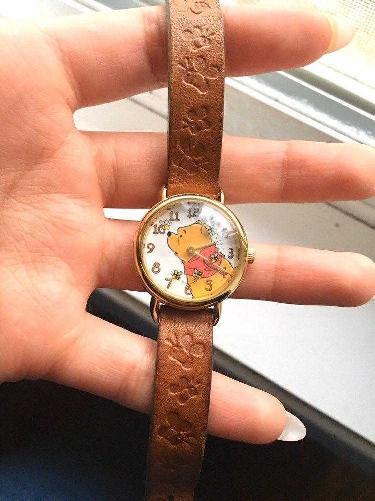 Vintage winnie the pooh 90s watch