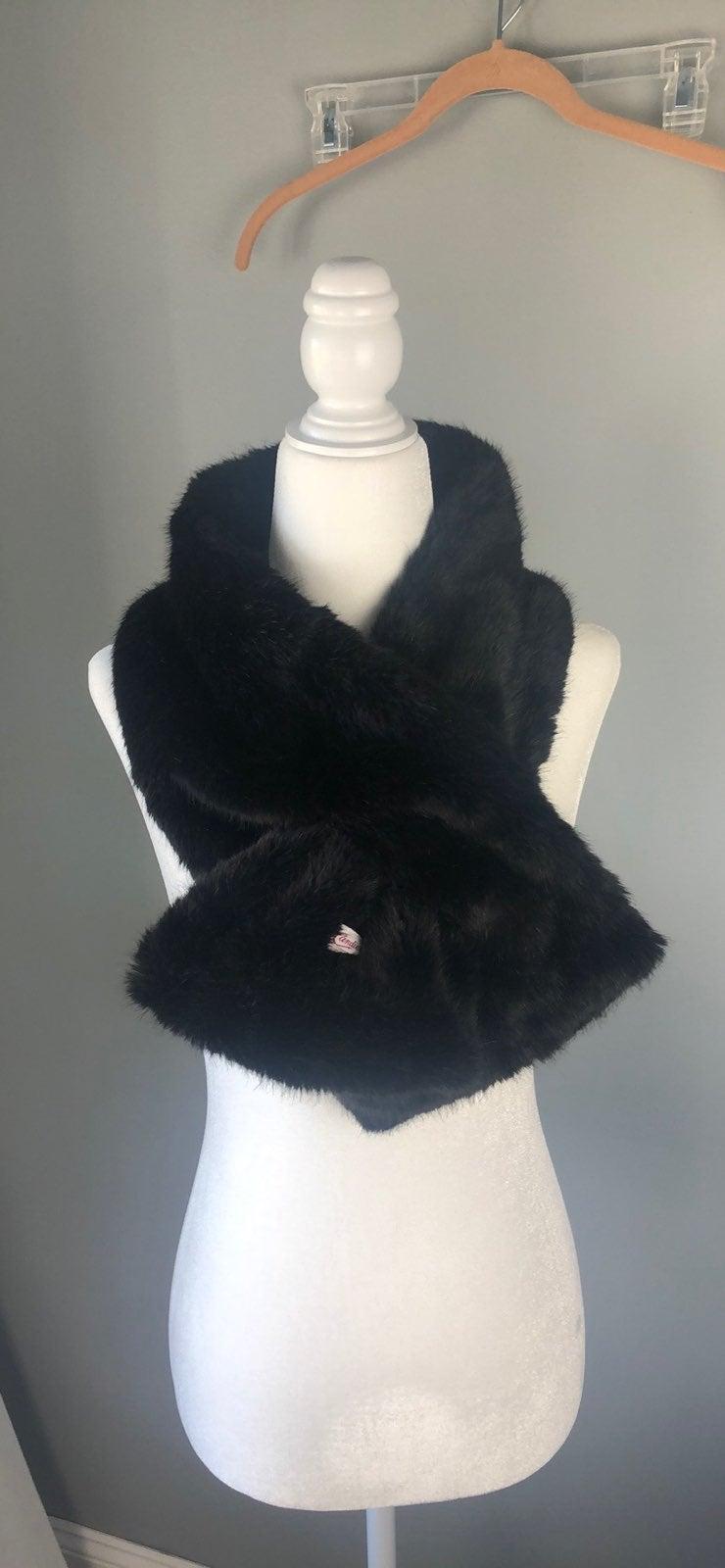 CANDIES Black Faux Fur Scarf
