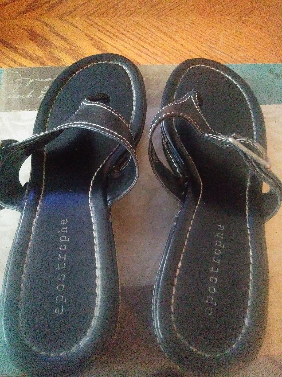 Apostrophe women's Sandals