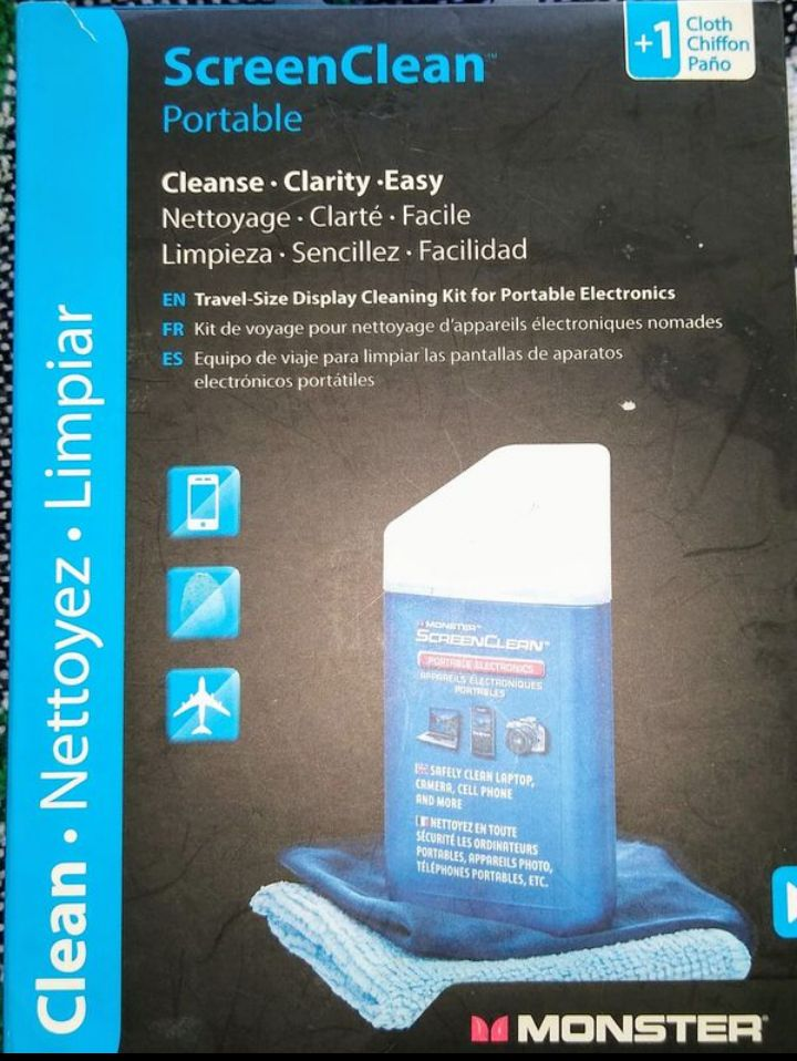 Portable screen clean by Monster