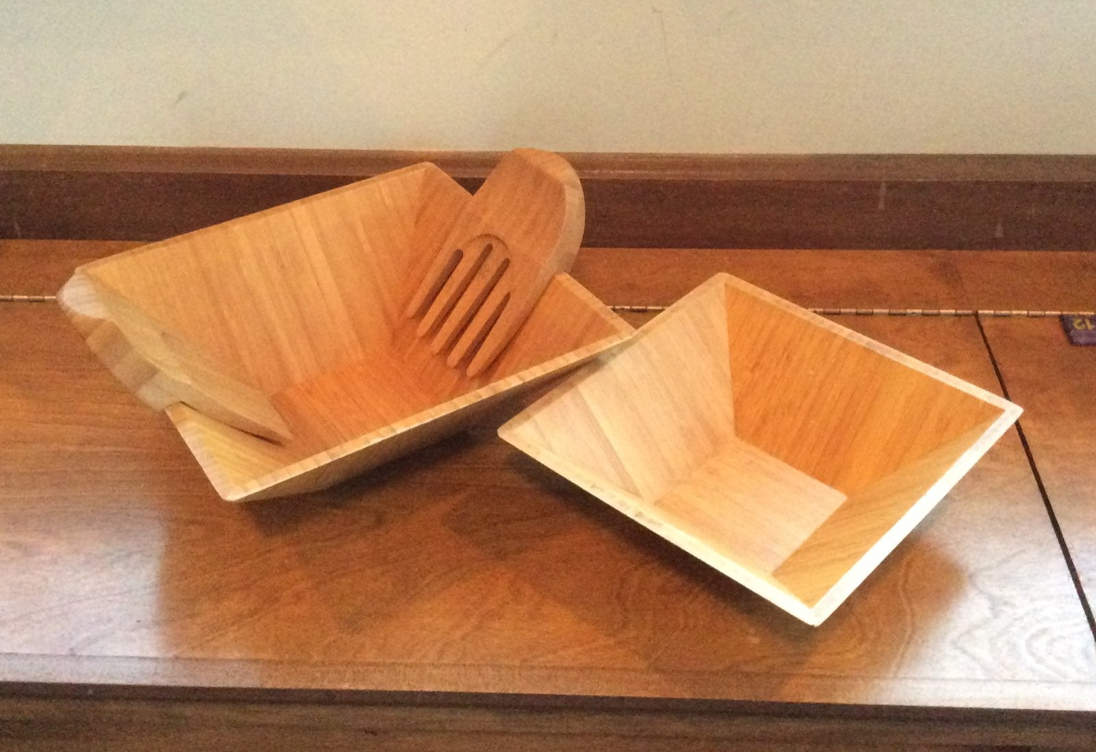 Pampered Chef bamboo salad set