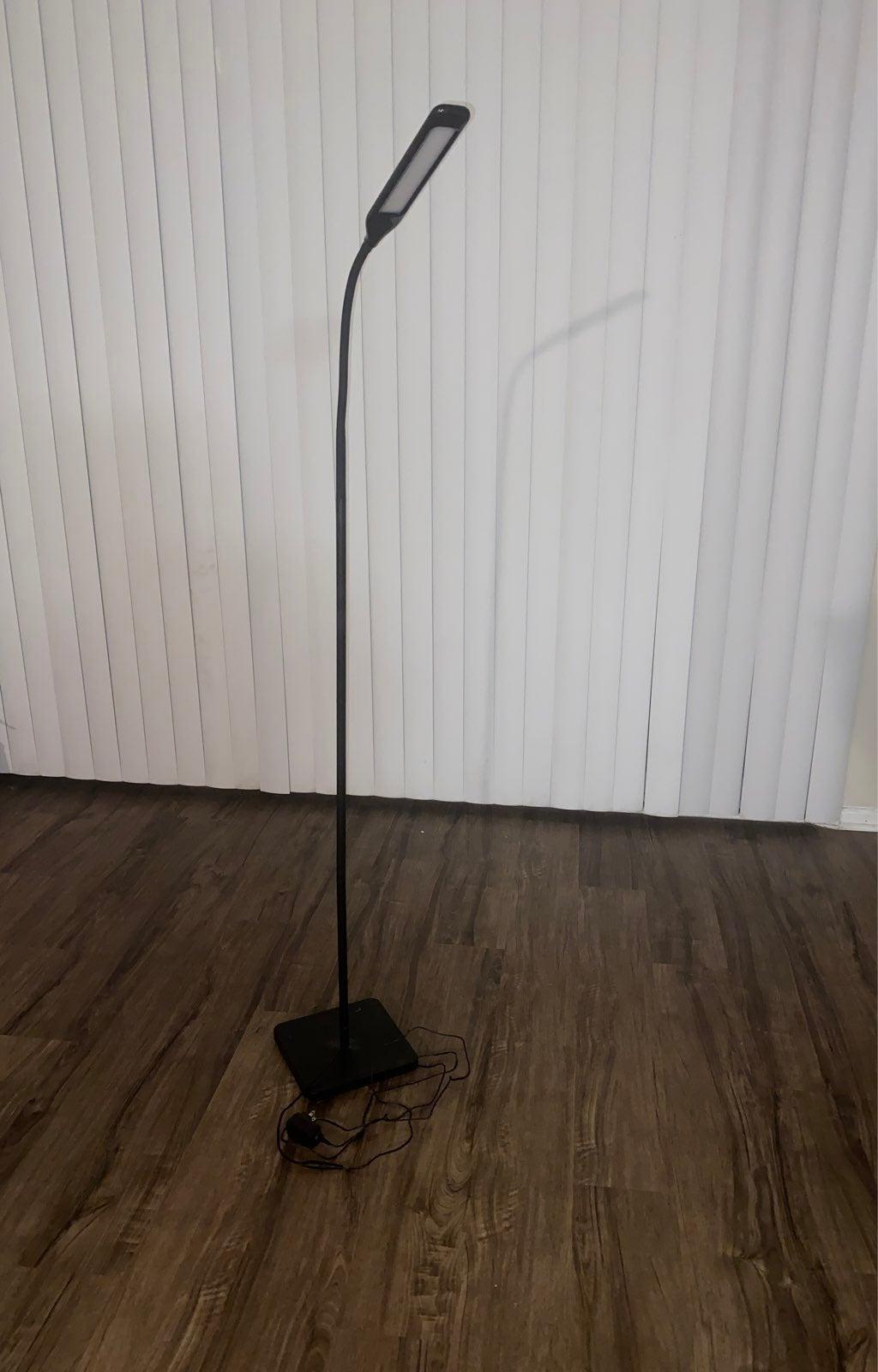 led light stand