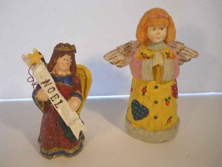 2x Angel Figurines Holiday Christmas Set