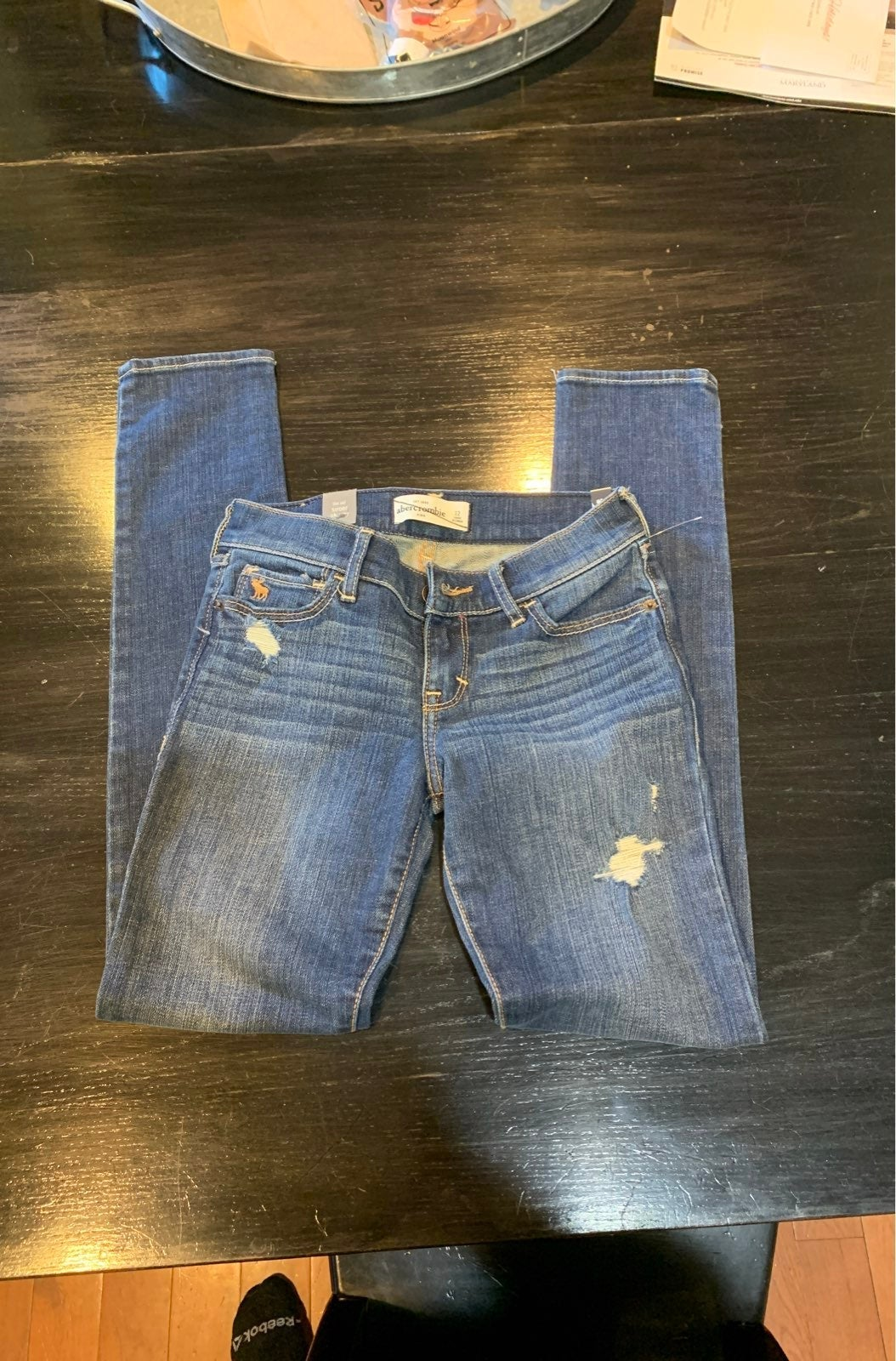 Girls new super skinny abercrombie jeans