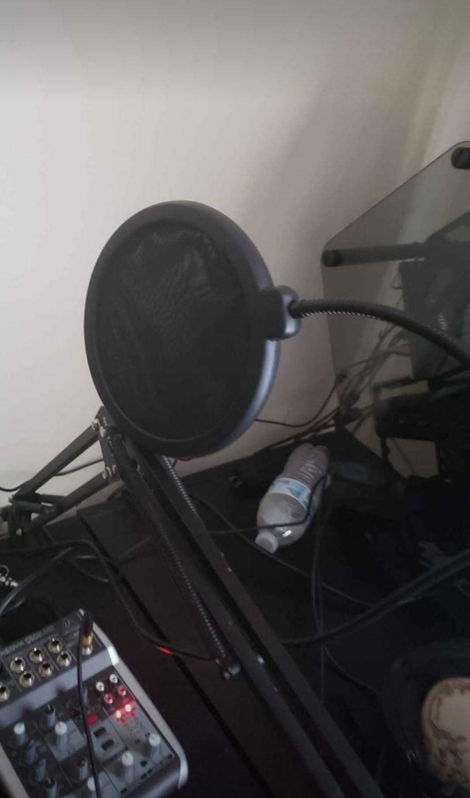 Gaming stuido mic and audio mixer