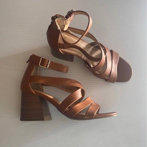 Women sandals Heels size 11