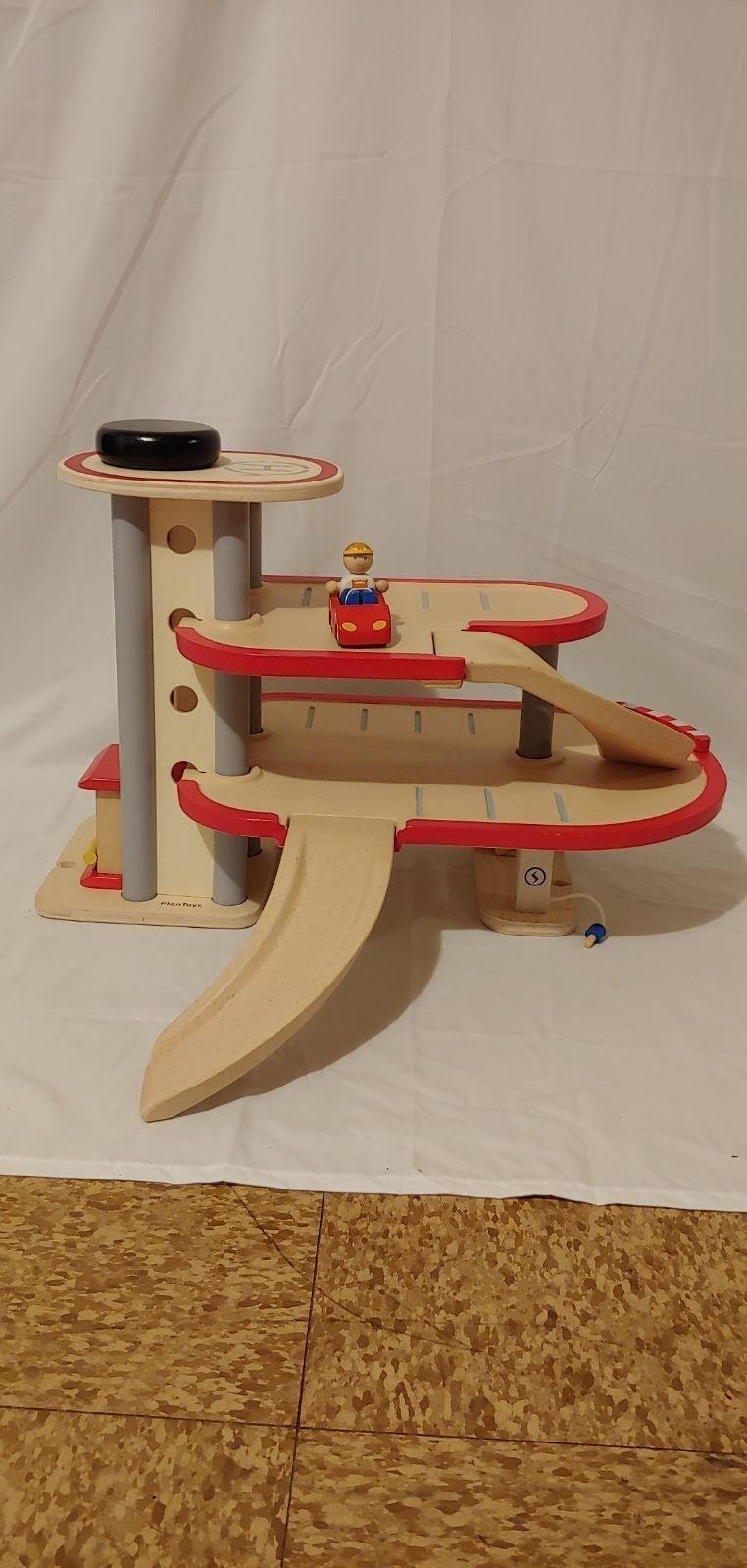 *Rare* Plan Toys parking garage