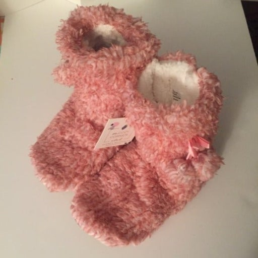 NWT Sherpa Slipper Boots Size 8-9.5 Pink