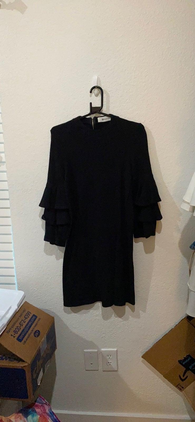 Black impeccable big dress midi size sma