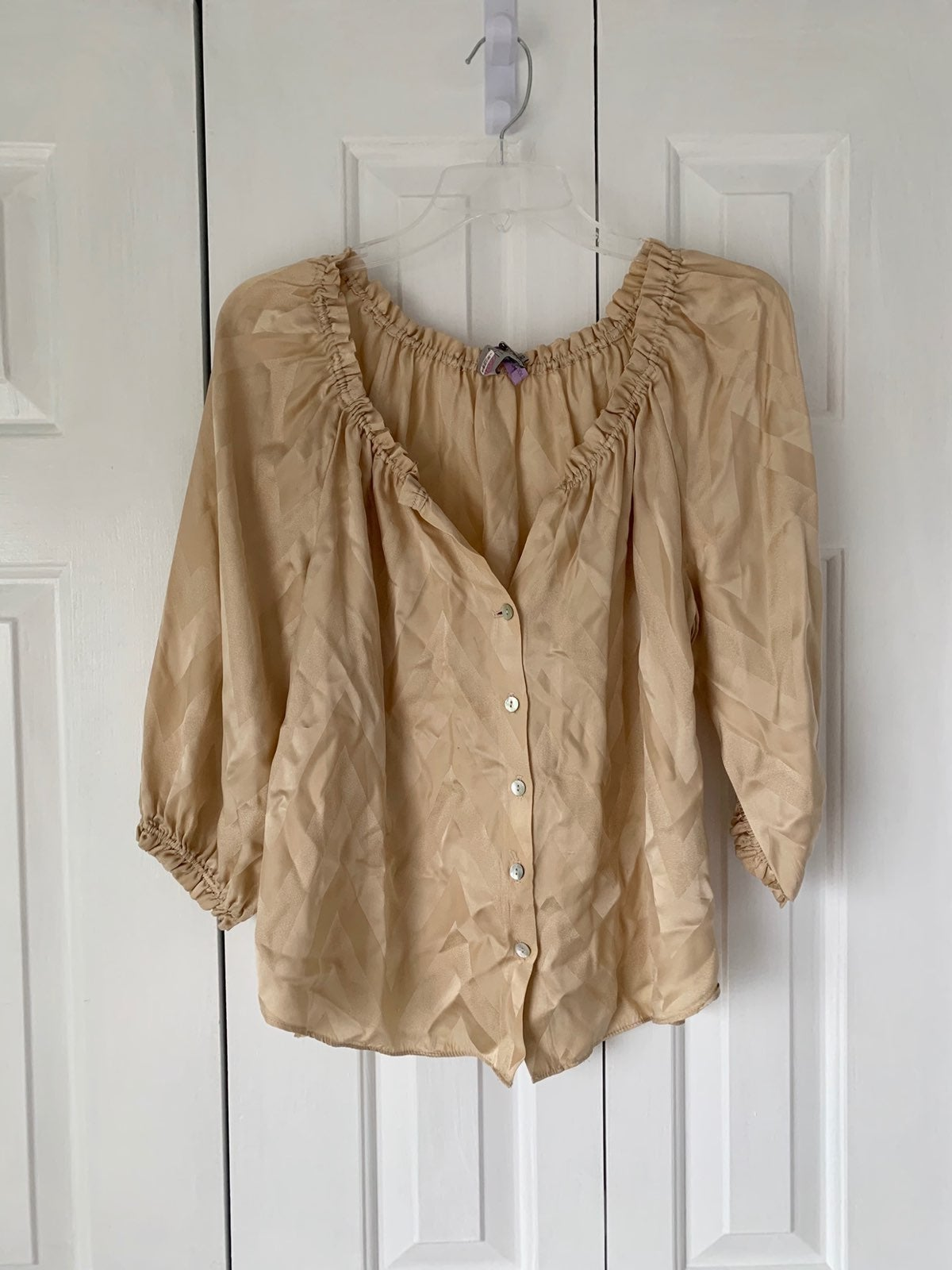 Alice & Trixie Silk taupe/gold top - XSm