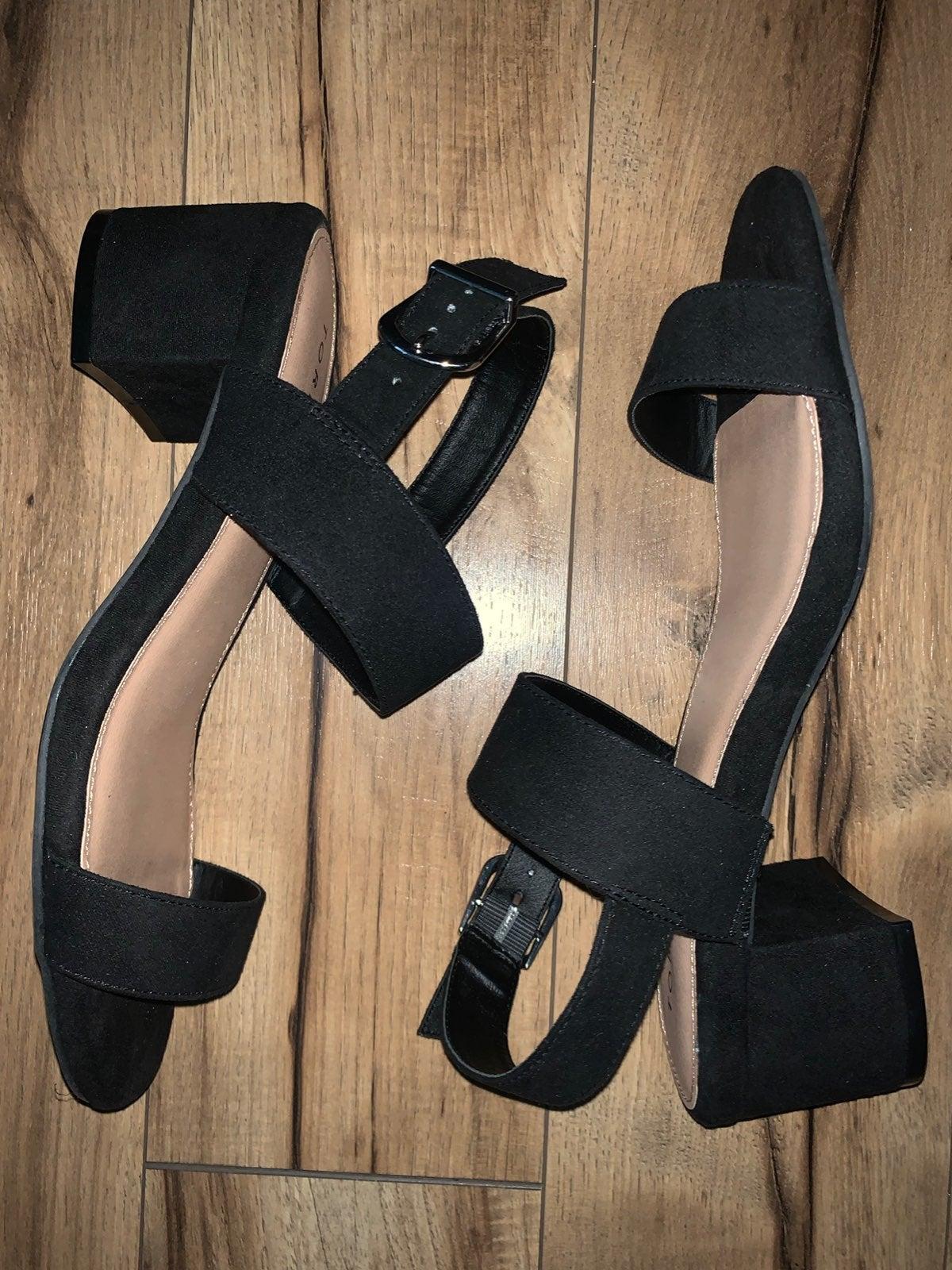 Torrid Sandals/Shoes Size 9.5W