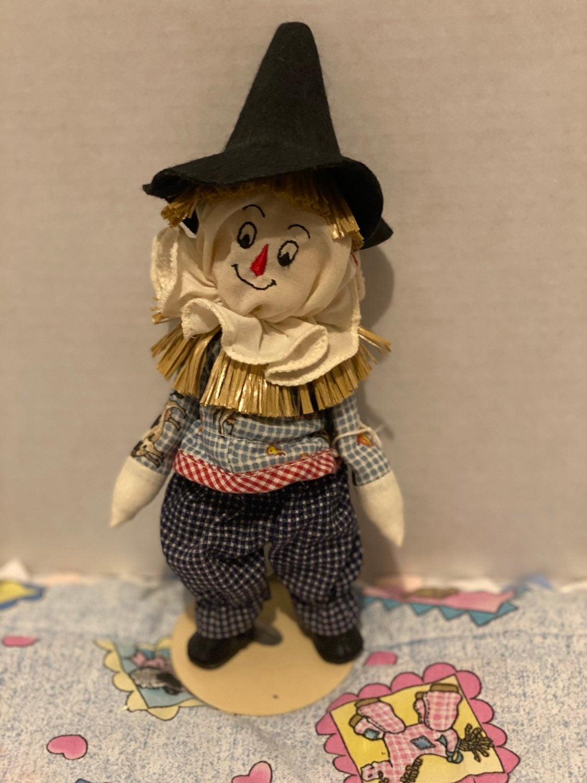 1993 Wizard of oz alexander doll Scarecr