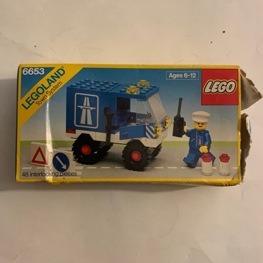 Vintage 1985 Lego 6653 Emergency Van