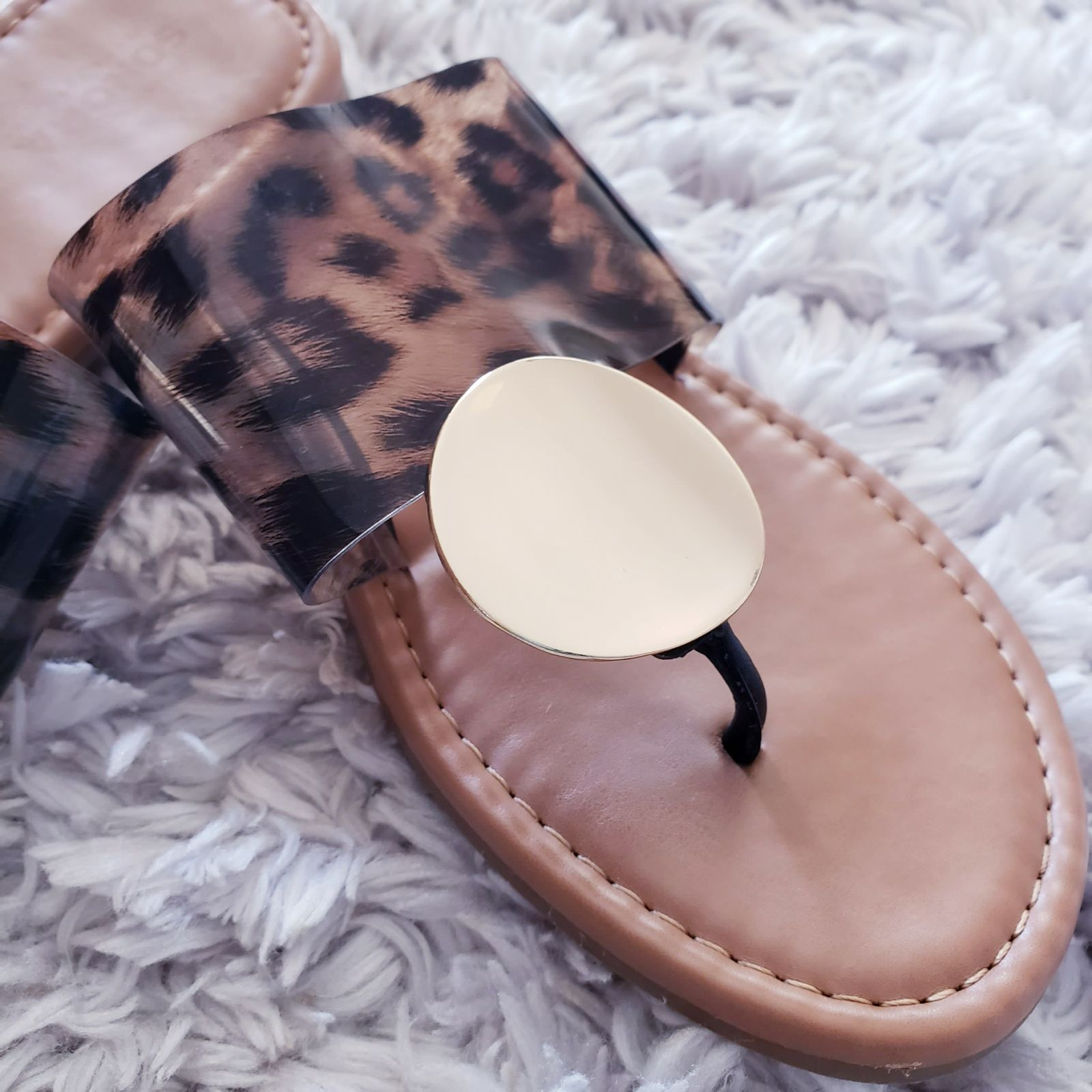 Embossed pvc Sandals