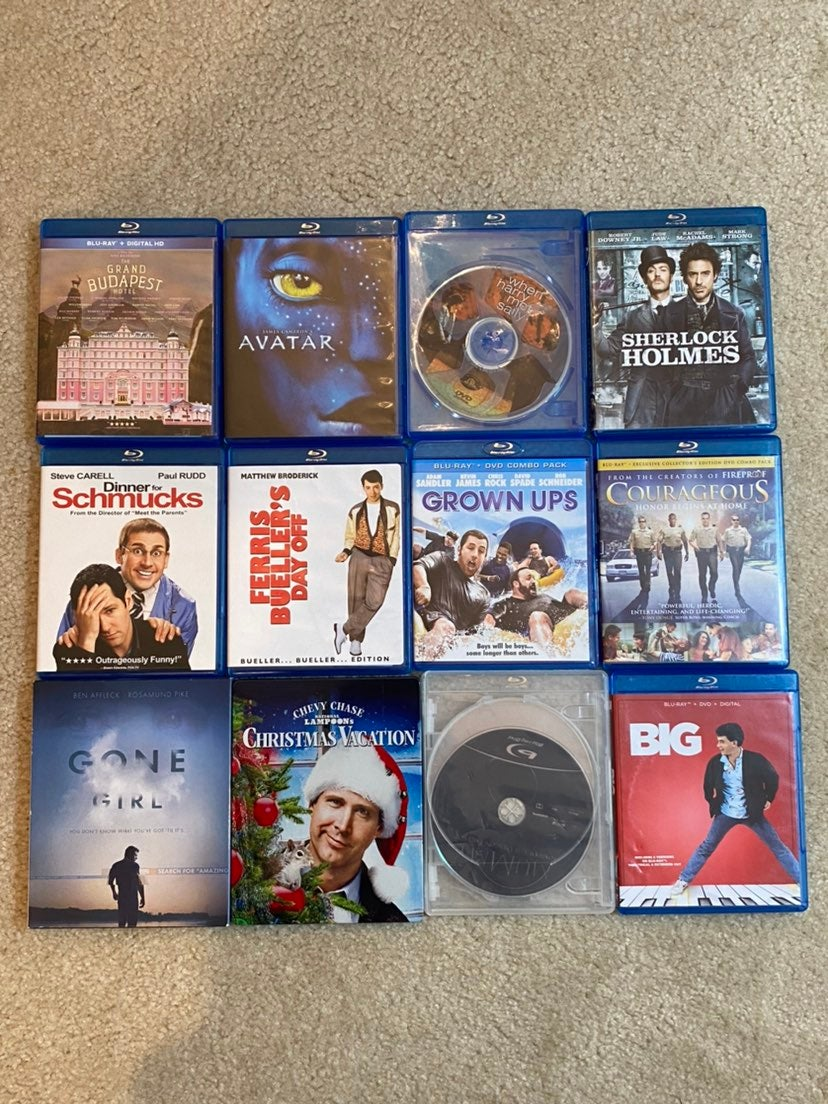 12 blu ray and dvd lot