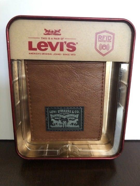 LEVI'S IDENTITY THEFT (RFID) WALLET