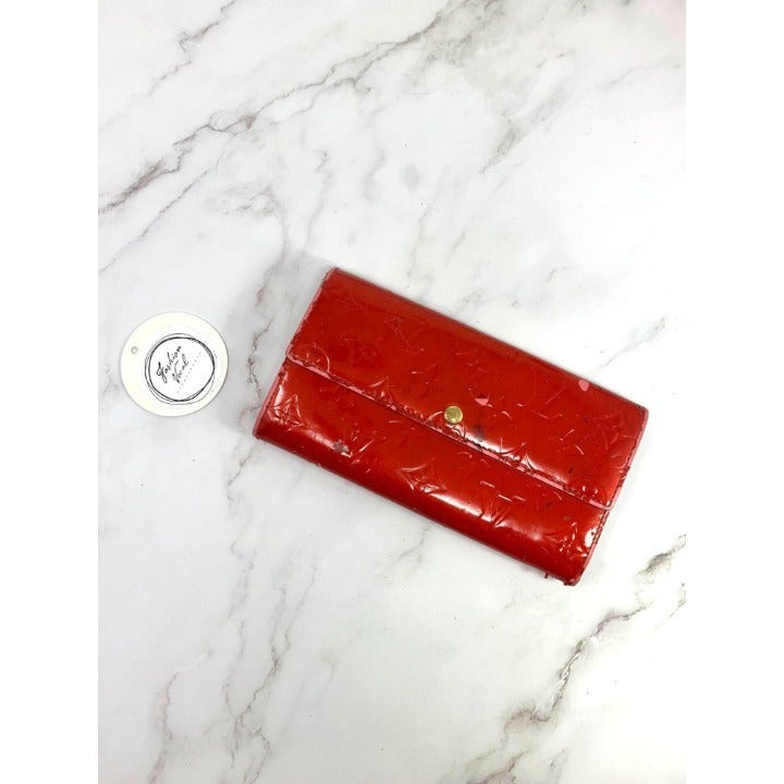 Louis Vuitton Vernis Sarah Wallet