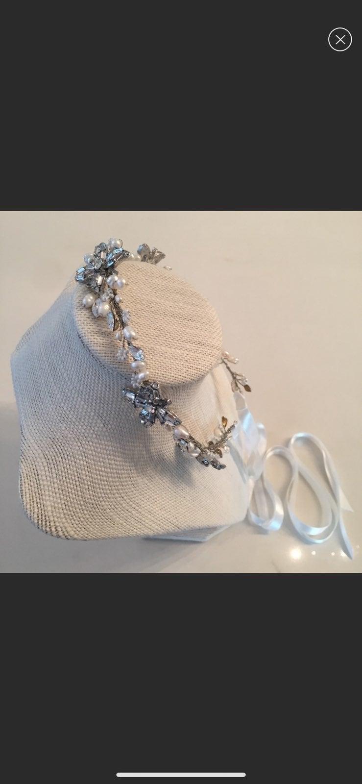 Untamed Petals Bridal Headpiece Vine