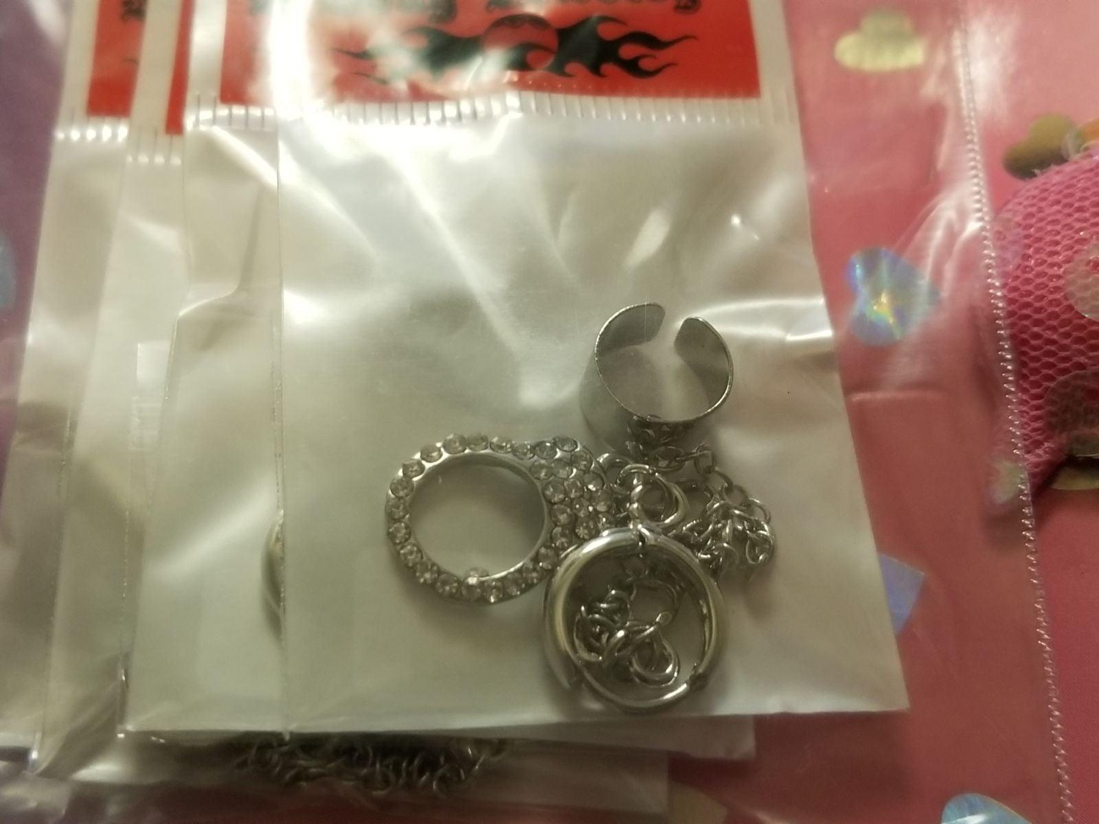 Handcuffs Cuff Earrings 1 pair