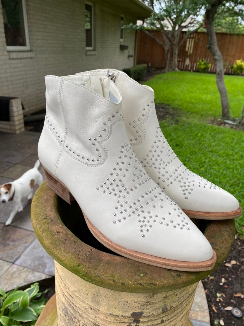 Gianni Bini Rhinestone Cowboy Boots