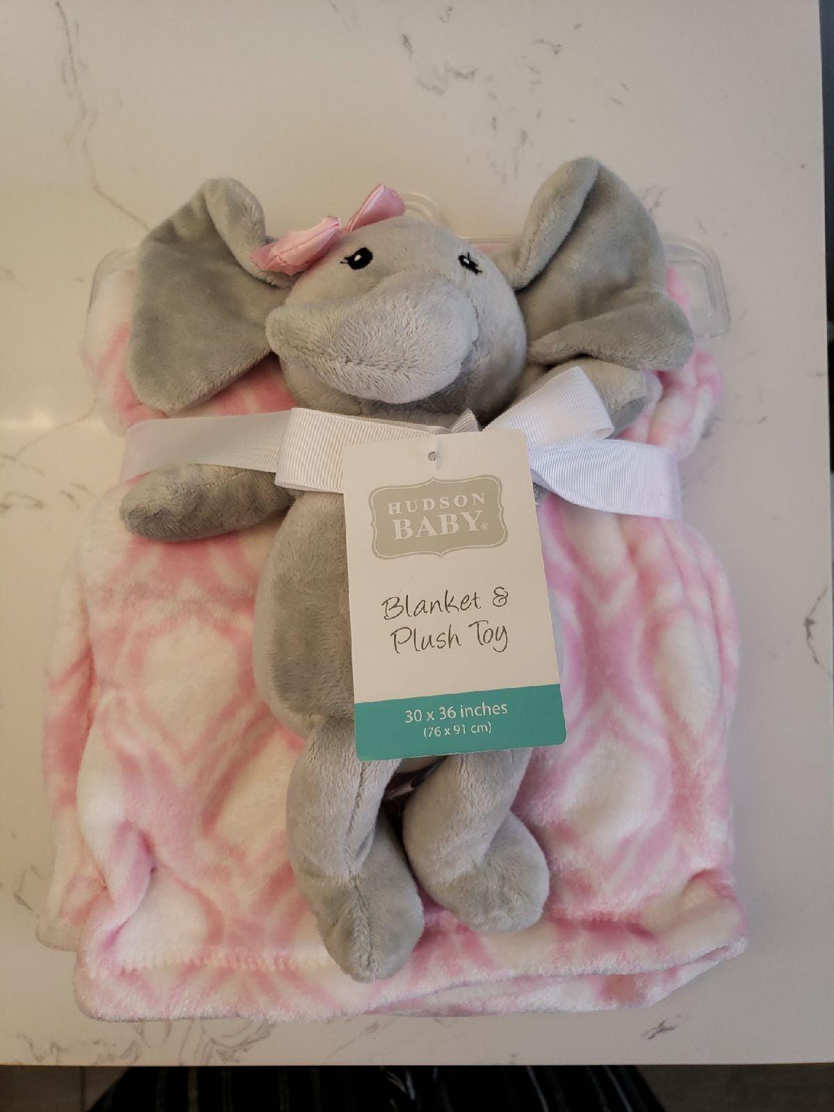 Baby Blanket with Plush Toy Elephant