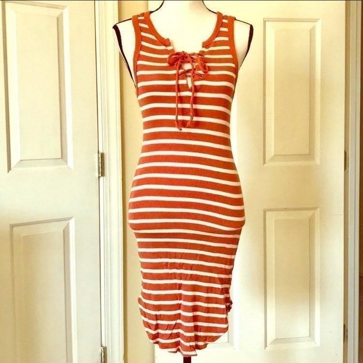 ORANGE STRIPED TIE FRONT BODYCON DRESS