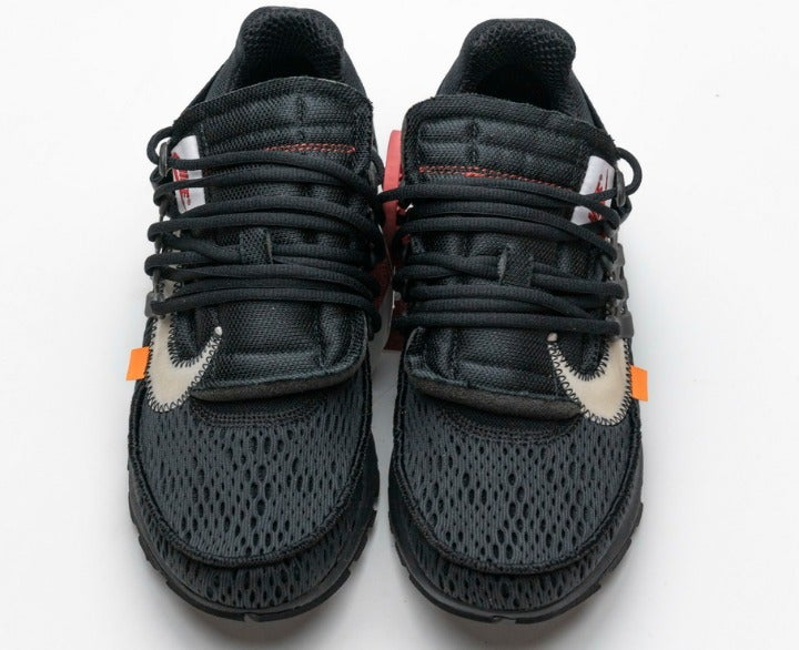 All black Nike King joint running shoes