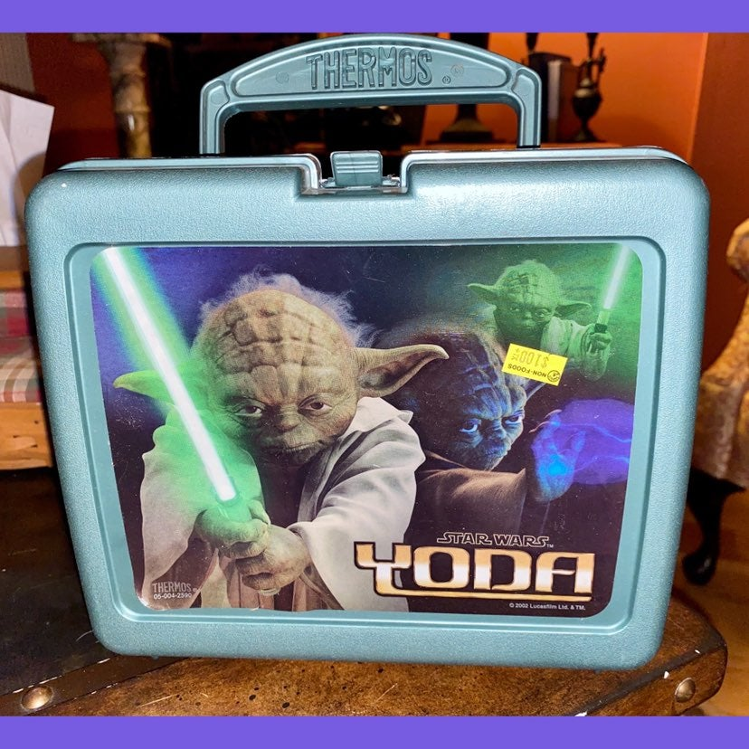 NEW Yoda Star wars 2002 vintage lunchbox