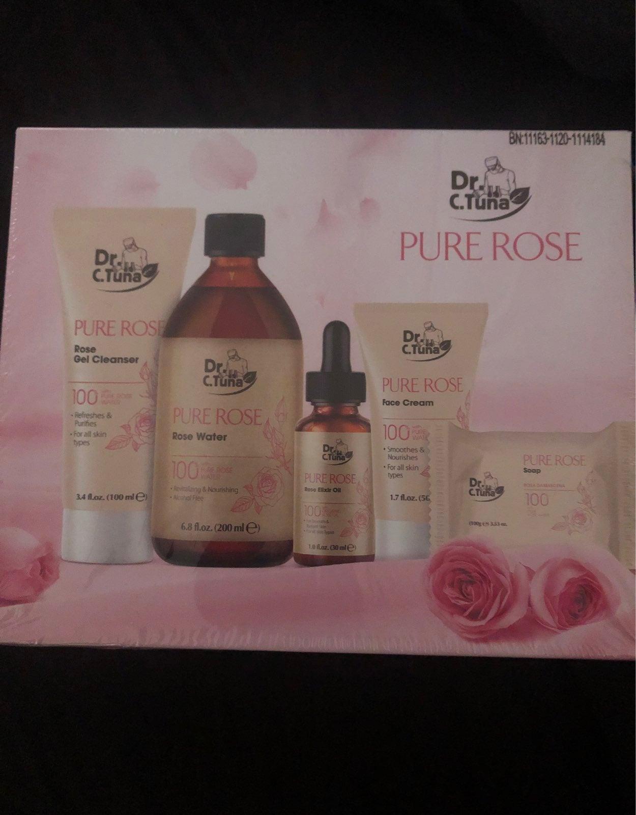 Farmasi Pure Rose gift set