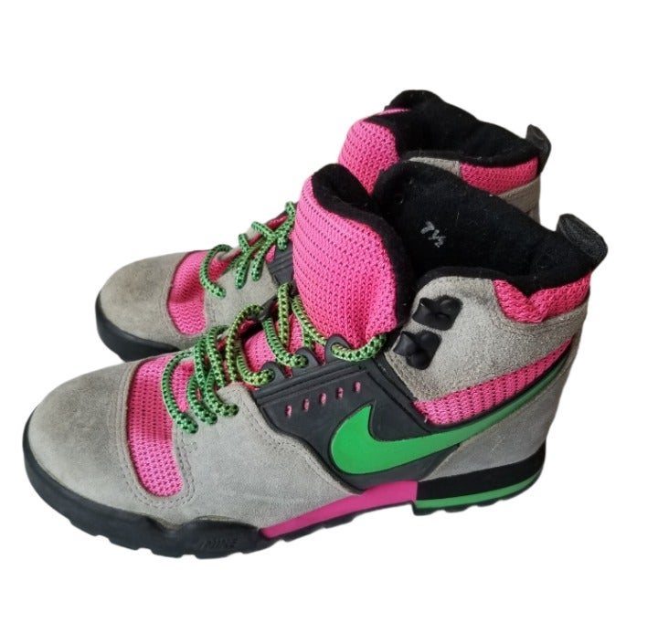 Vintage 90s Retro Nike Hiking Trail Outdoor Lace Up Boots Womens Size 7.5