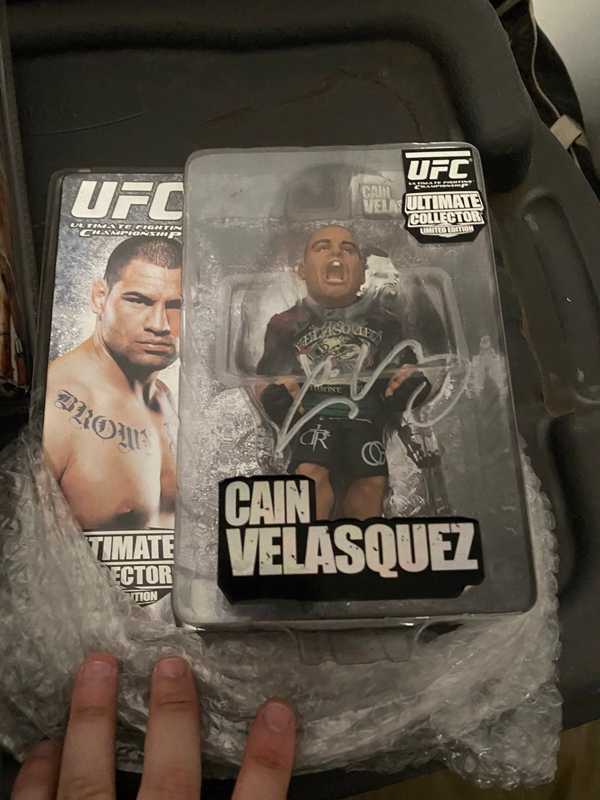 Ufc figures lot.... 2 are signed!!