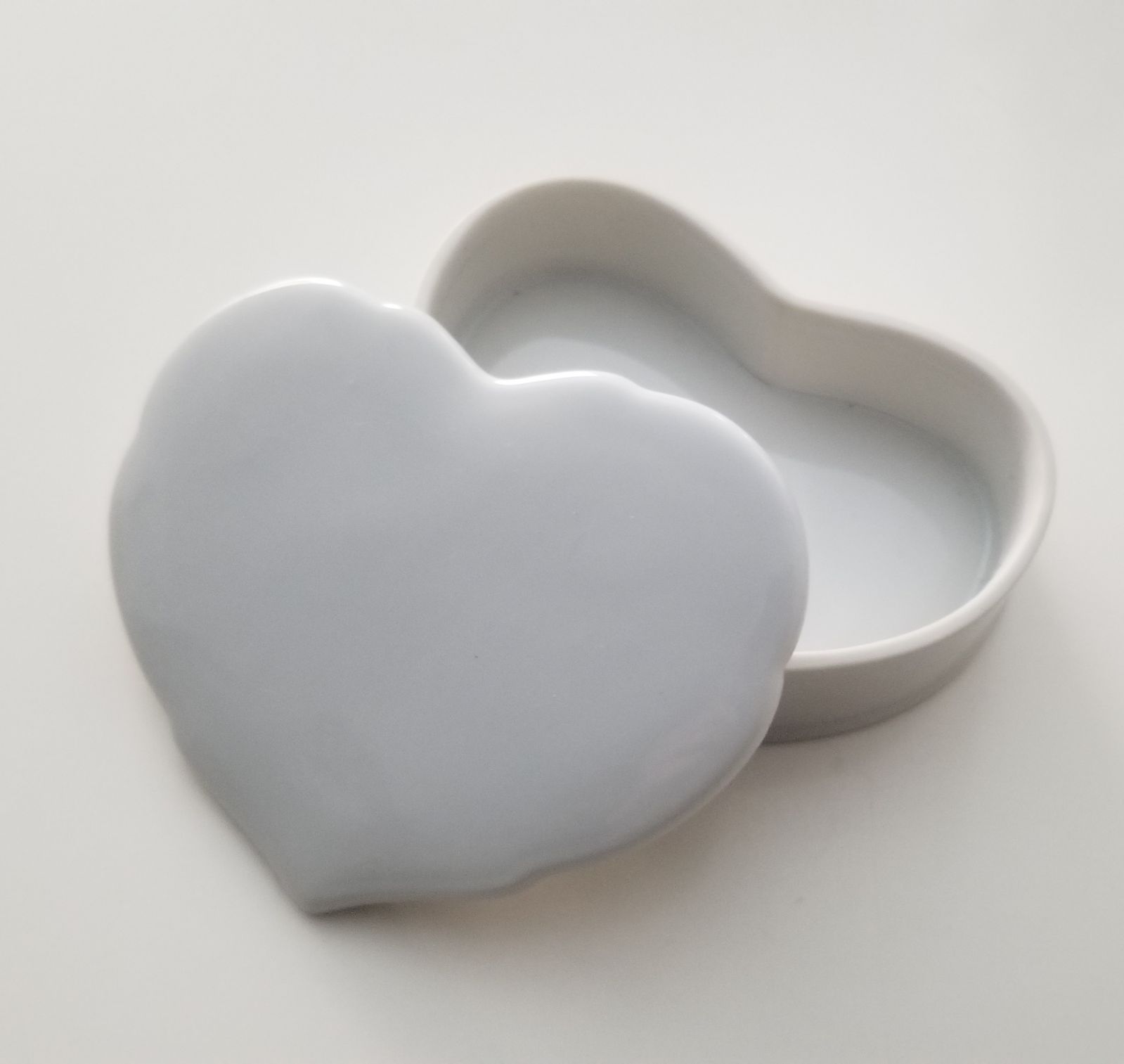 White Porcelain Heart Container