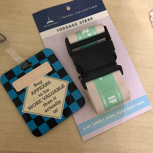 Luggage strap and tag bundle