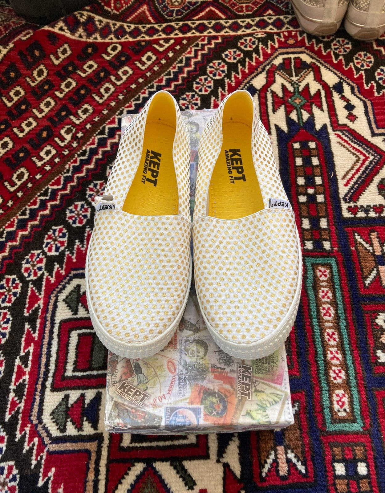 Kept shoes size 35