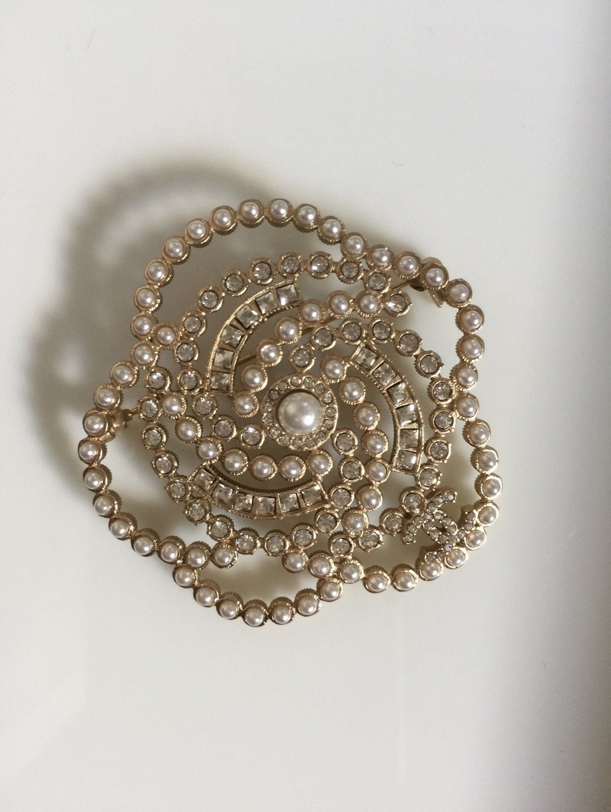 Chanel   Pearls and Rhinstone Brooch Pin