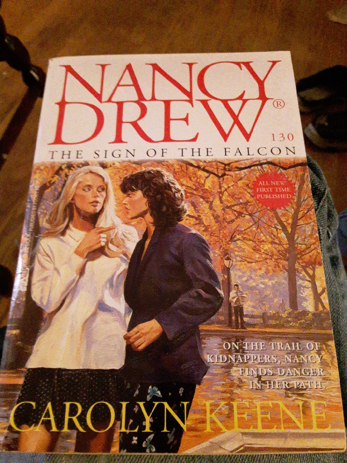 Nancy Drew, The Sign Of The Falcon
