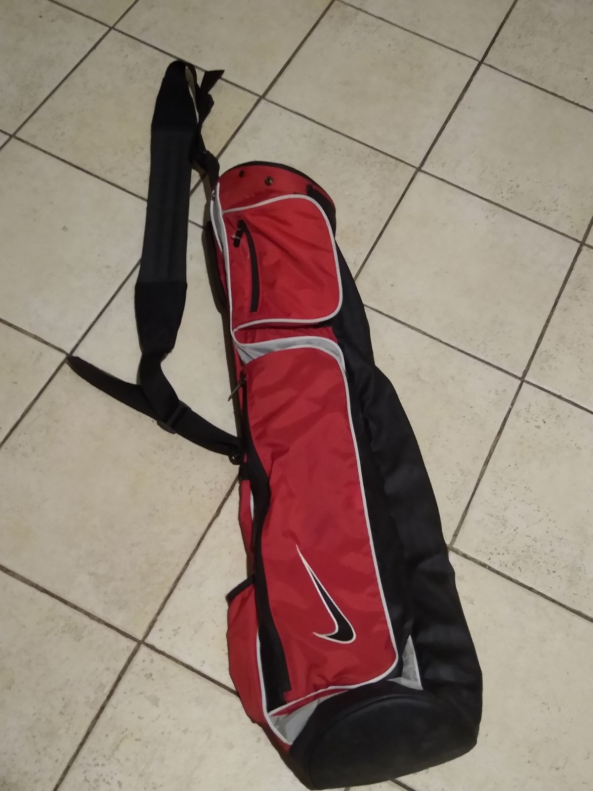 Nike Sunday Carry Golf Bag