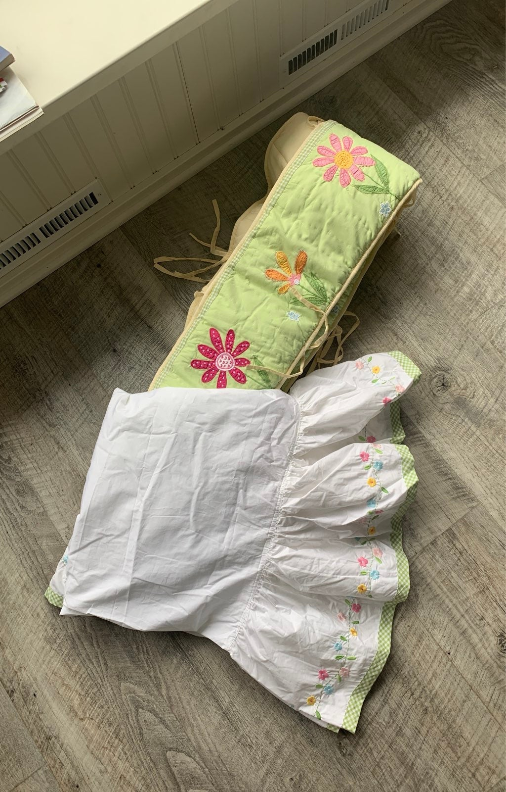 Pottery barn kids crib skirt/bumper pad