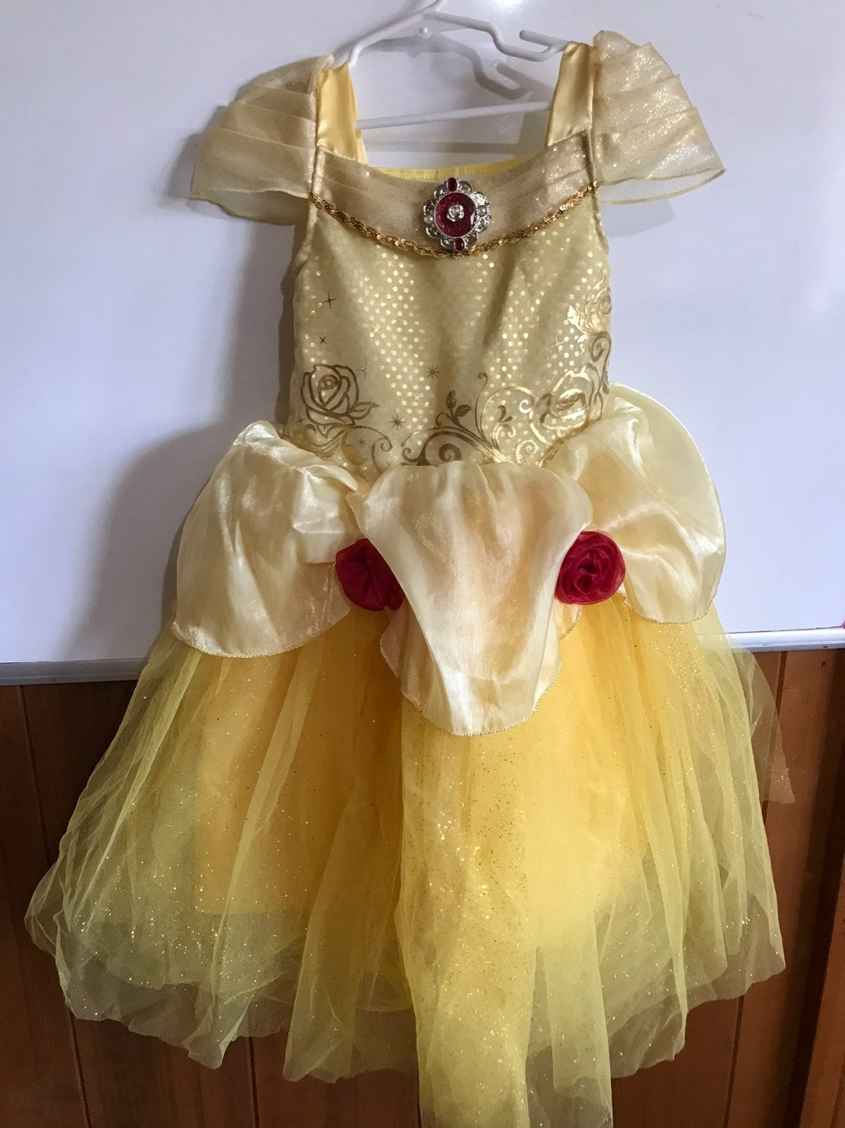 Disney store BELLE PRINCESS DRESS 5/6