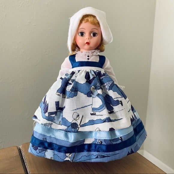 "Madame Alexander Gretel Brinker 8"" Doll"