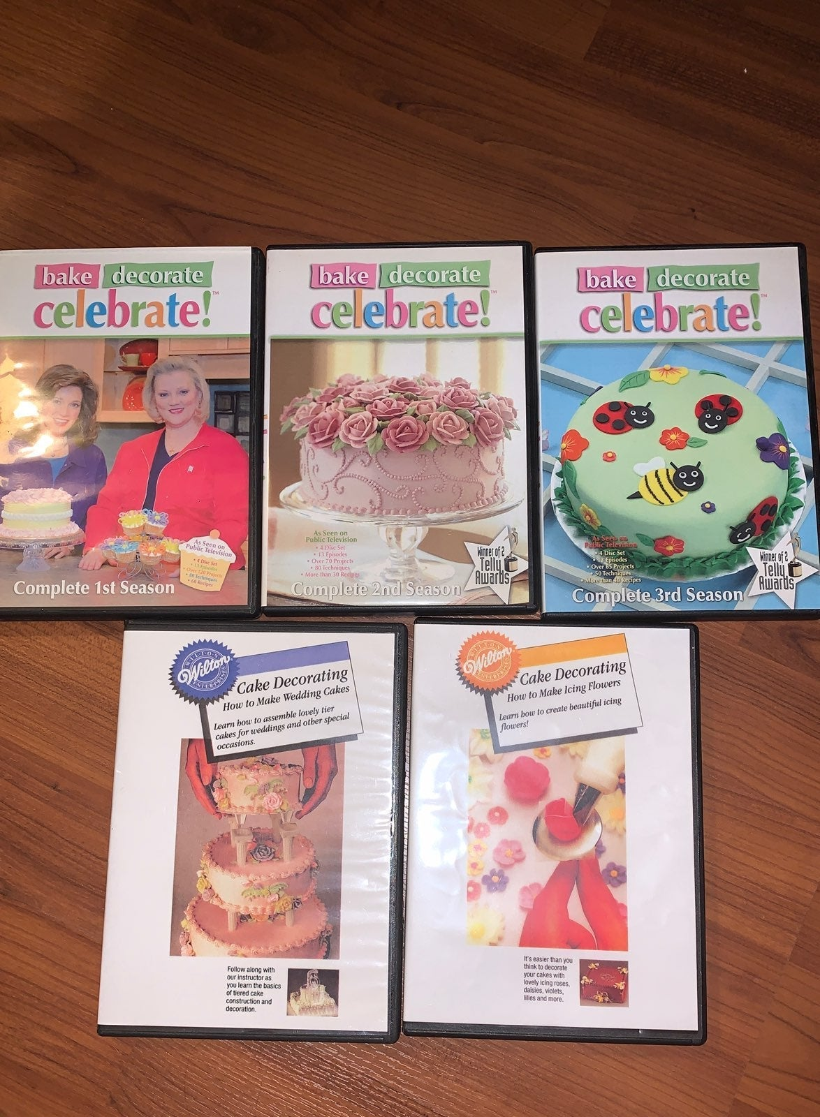 Wilton cake decorating Dvds