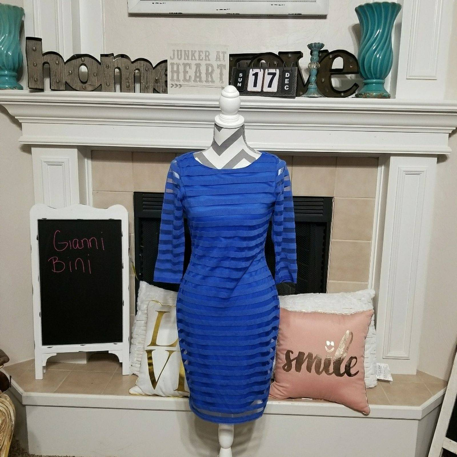 Gianni Bini blue striped mesh 3/4 sleeve