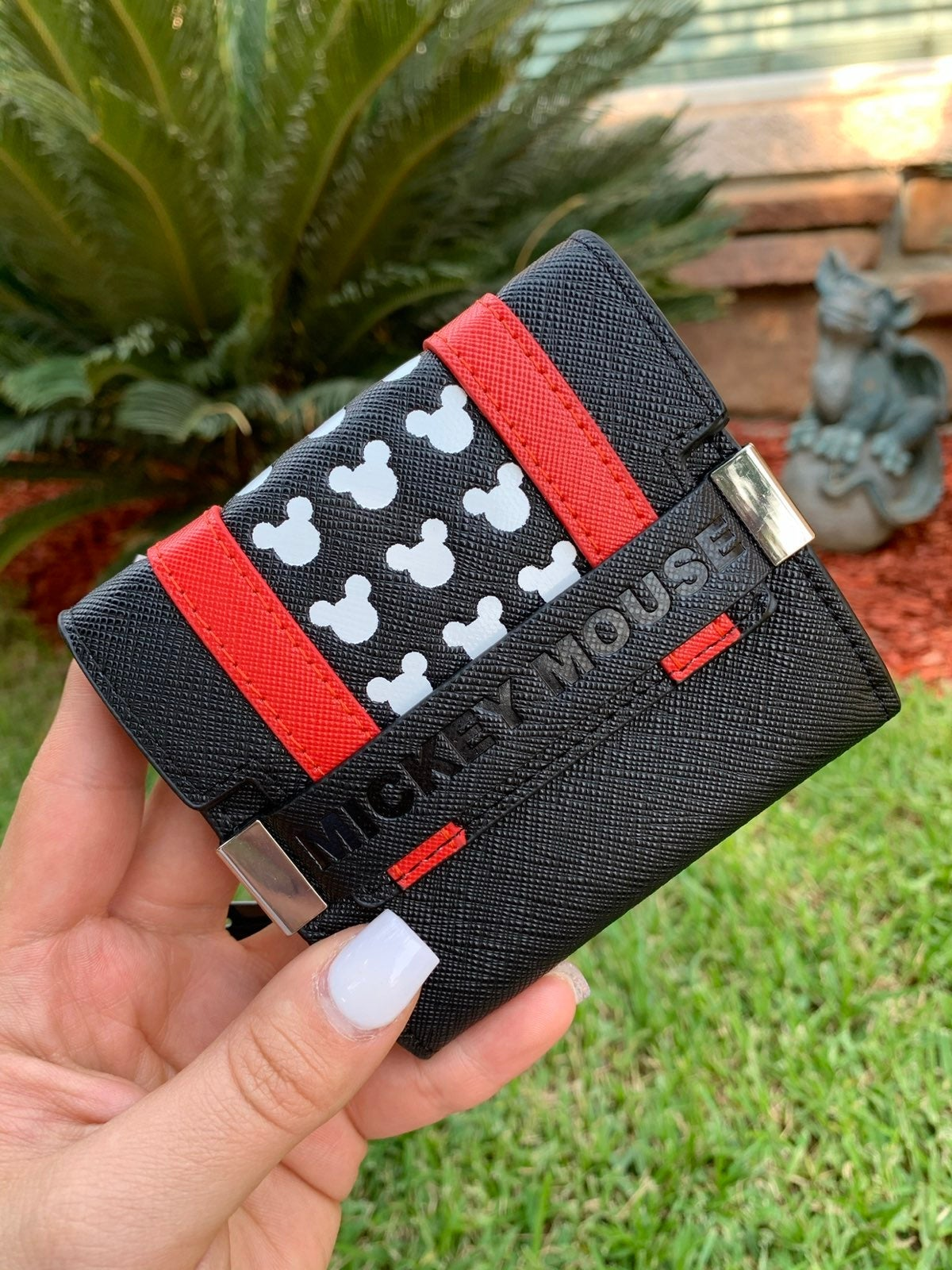 LOUNGEFLY MICKEY MOUSE WALLET