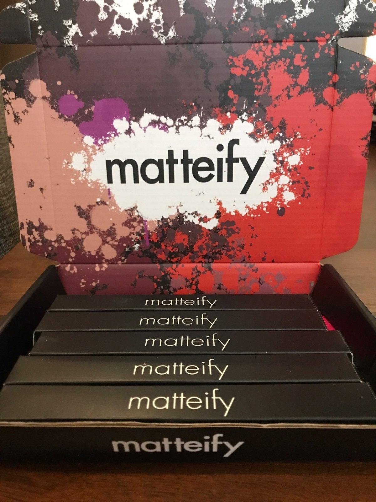 Matteify Matte Lip Liner Set 5 Pieces