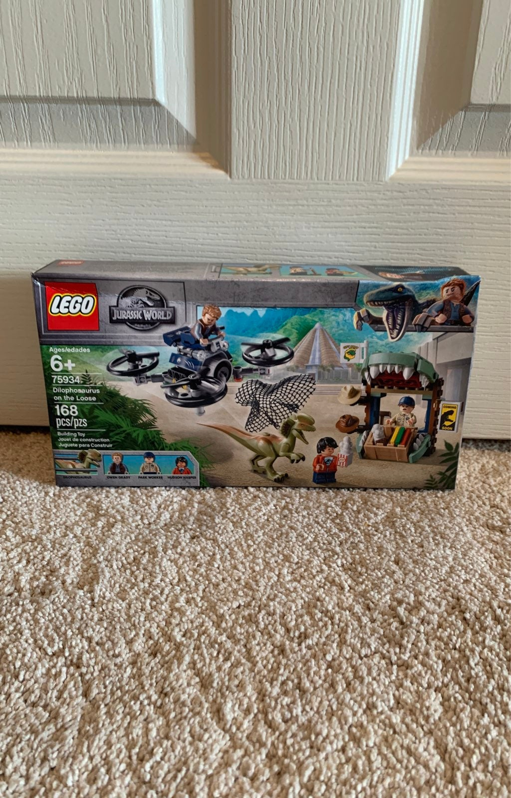 LEGO Jurassic World Dilophosaurus 75934