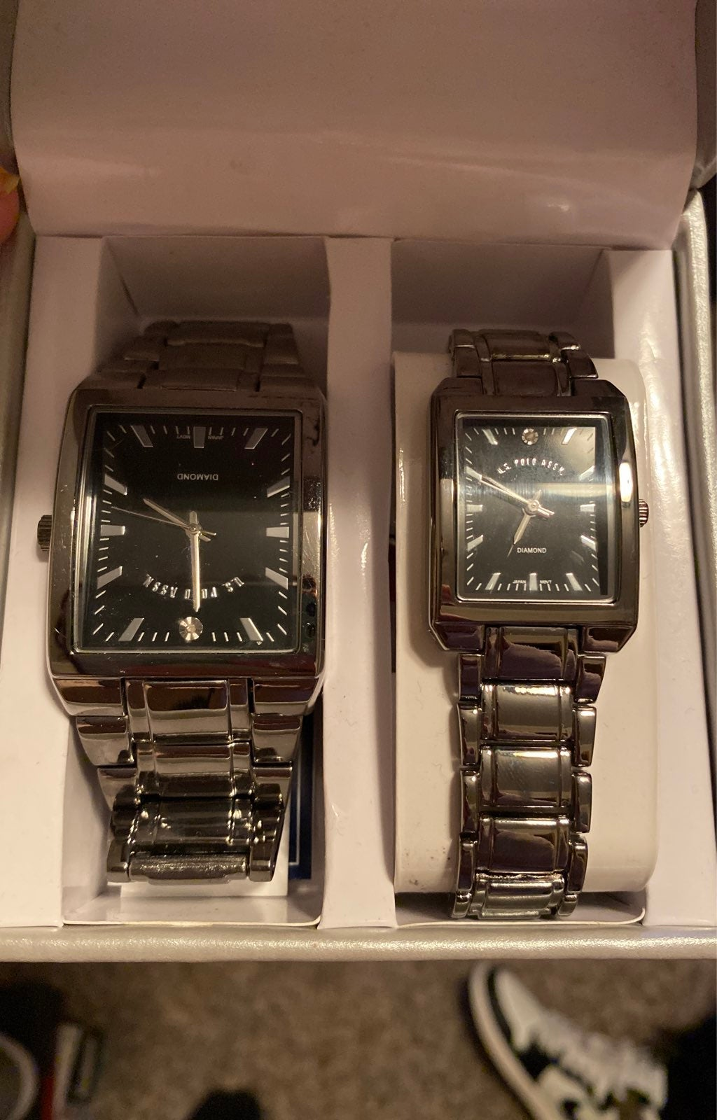 His and hers watch set